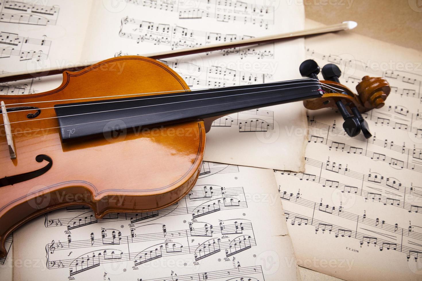 Old violin background photo