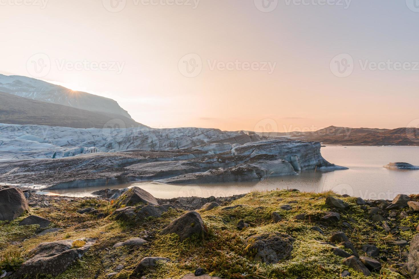 Vantajokull, Iceland photo