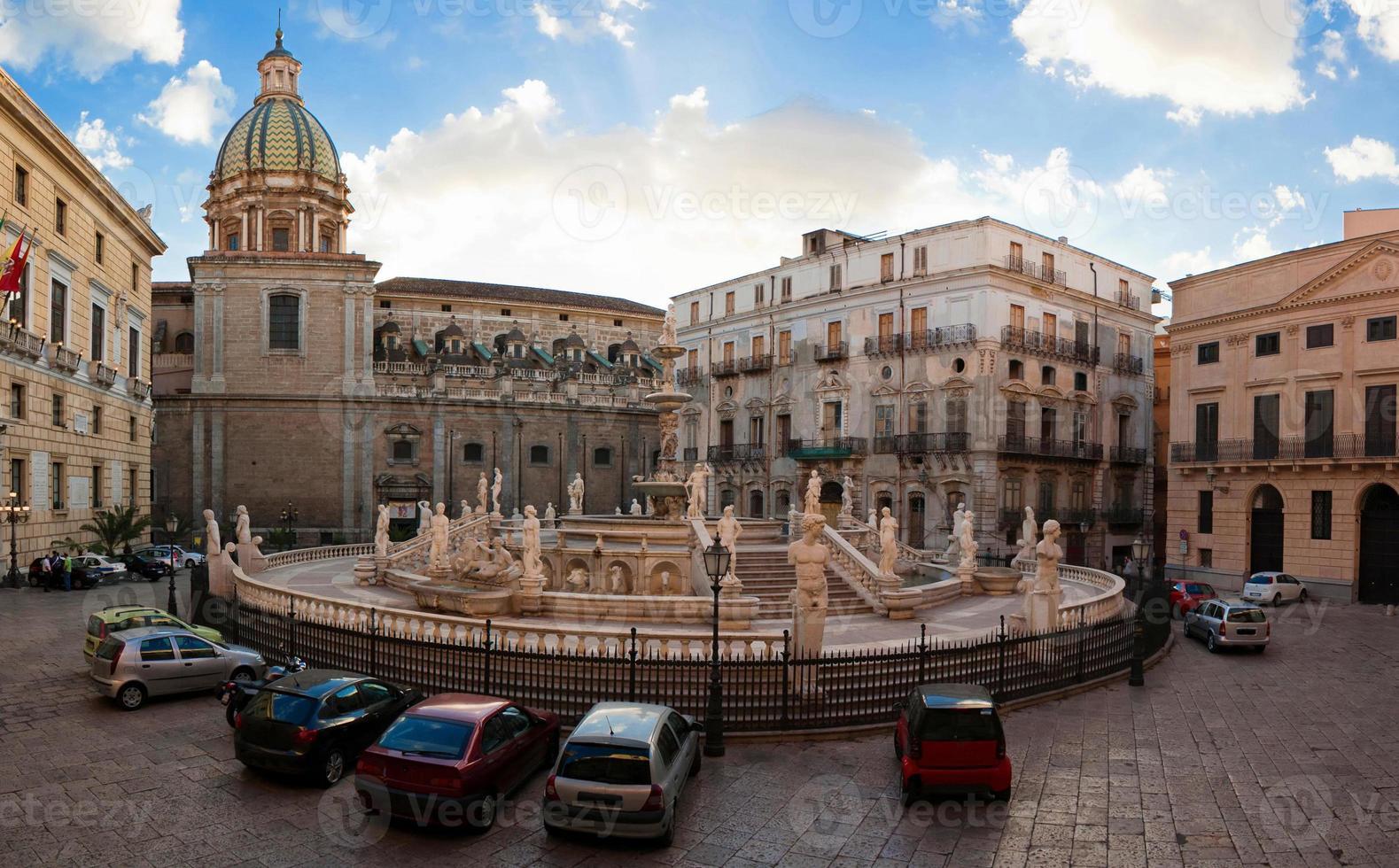 piazza pretoria foto