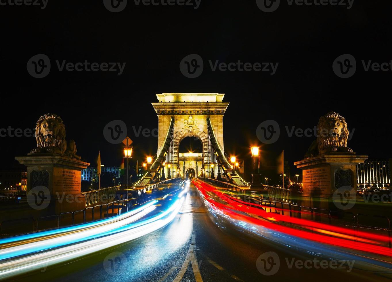 Puente de las cadenas szechenyi en Budapest, Hungría foto