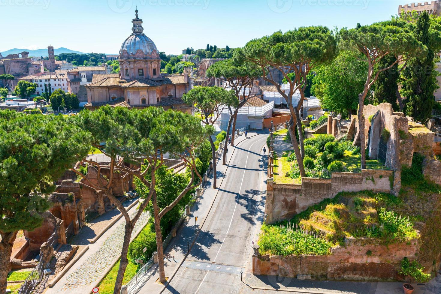 Roman Forum in Rome photo