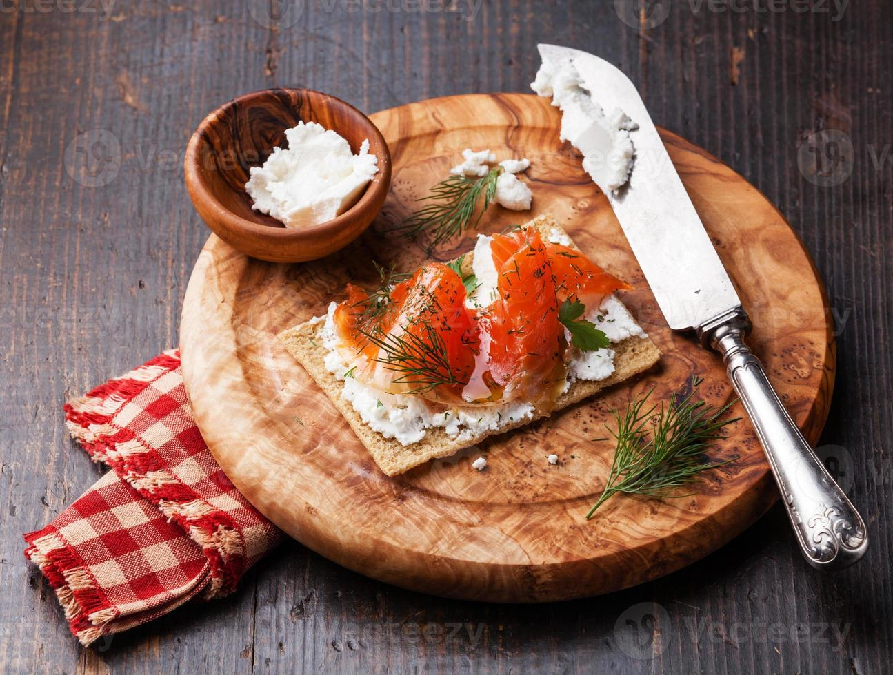 Crisp bread with Smoked salmon photo