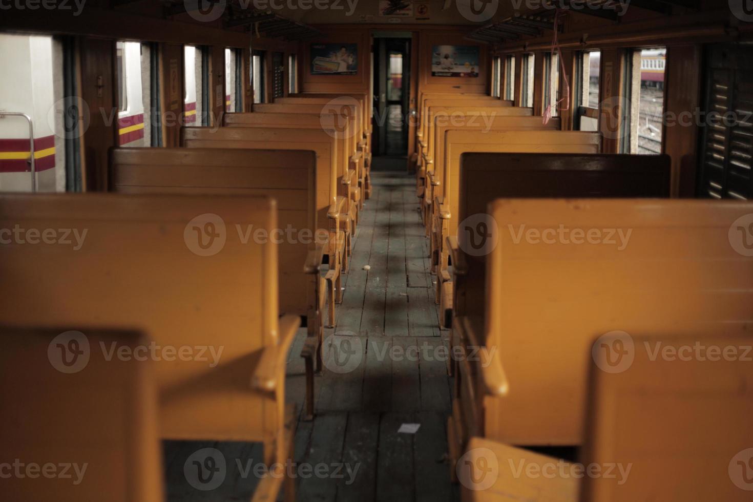 trem velho vintage foto