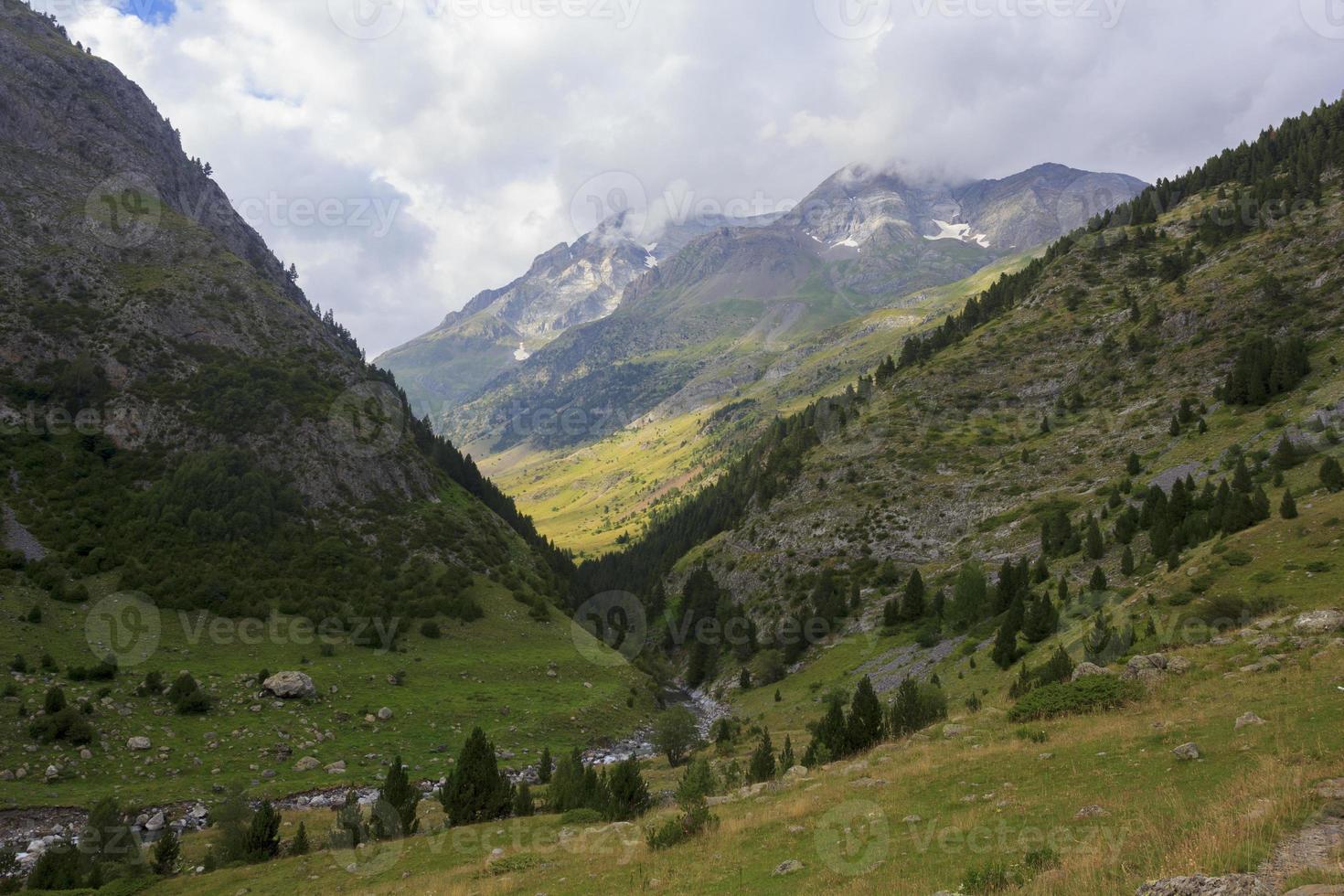 Bujaruelo valley, mountains of the Pyrenees photo