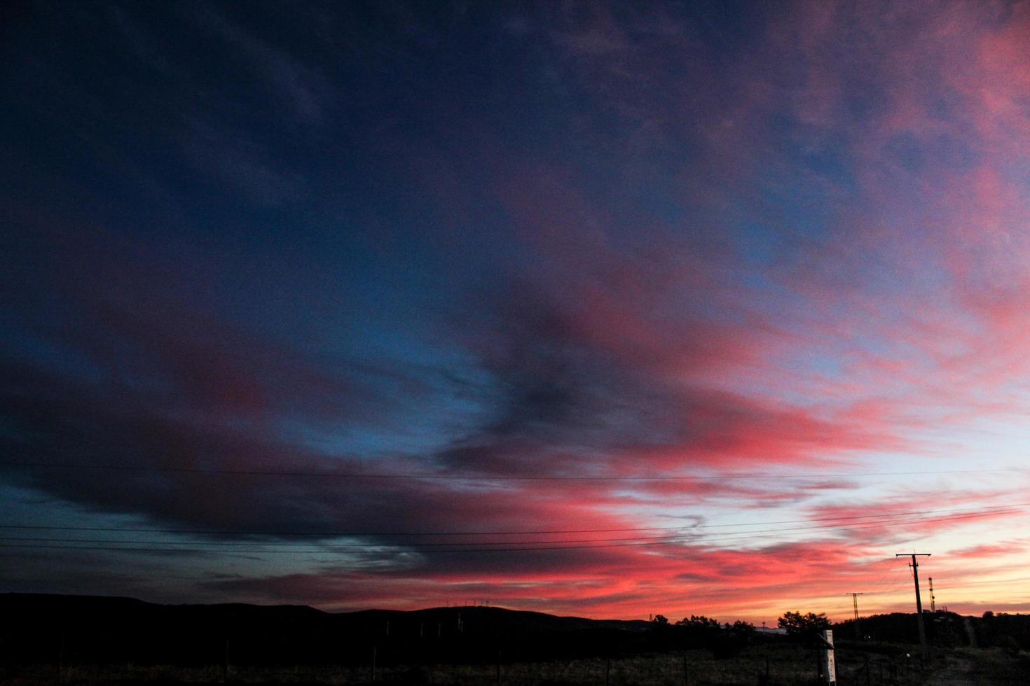 hora dorada puesta de sol foto
