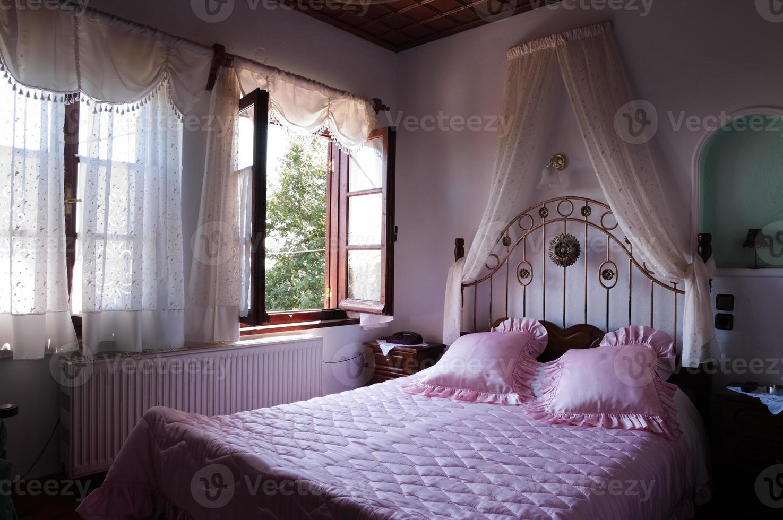 romance bedroom photo