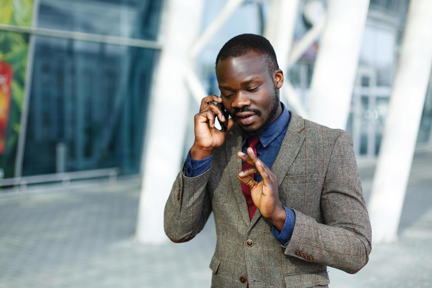 Man talking on the phone photo