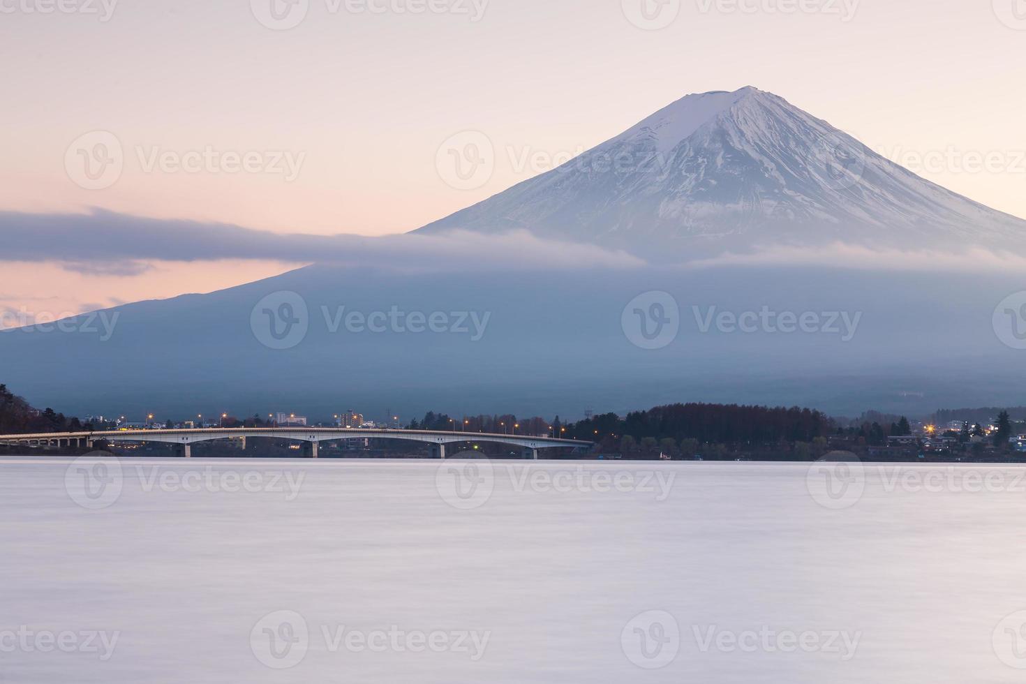 Mt. Fuji waterfront photo