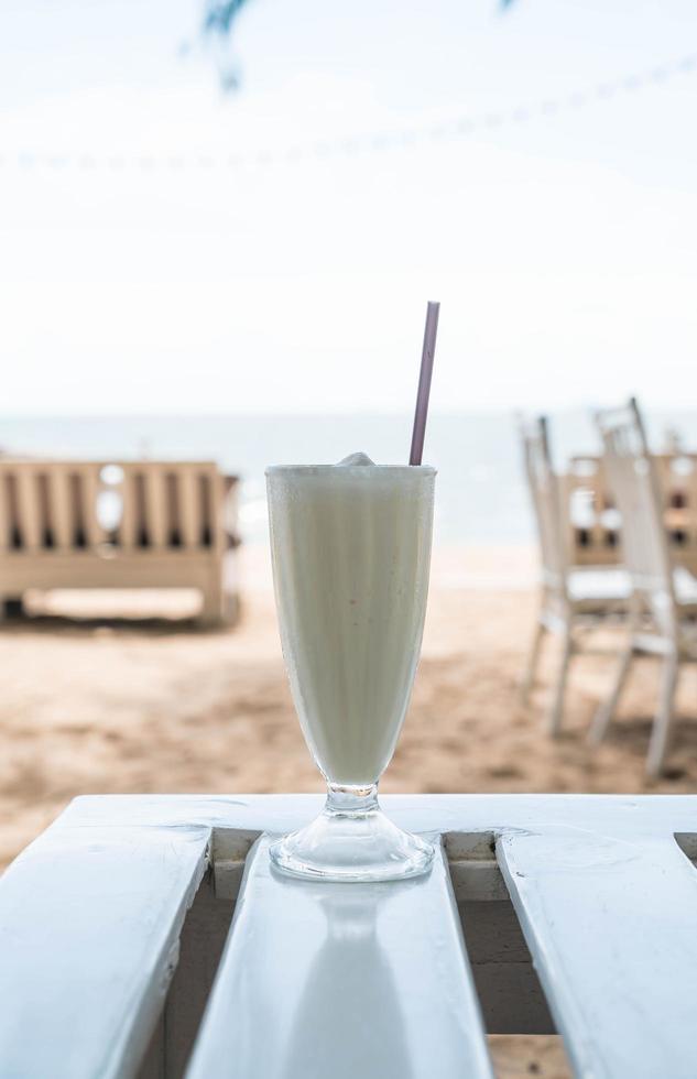 Vanilla milkshake smoothie photo
