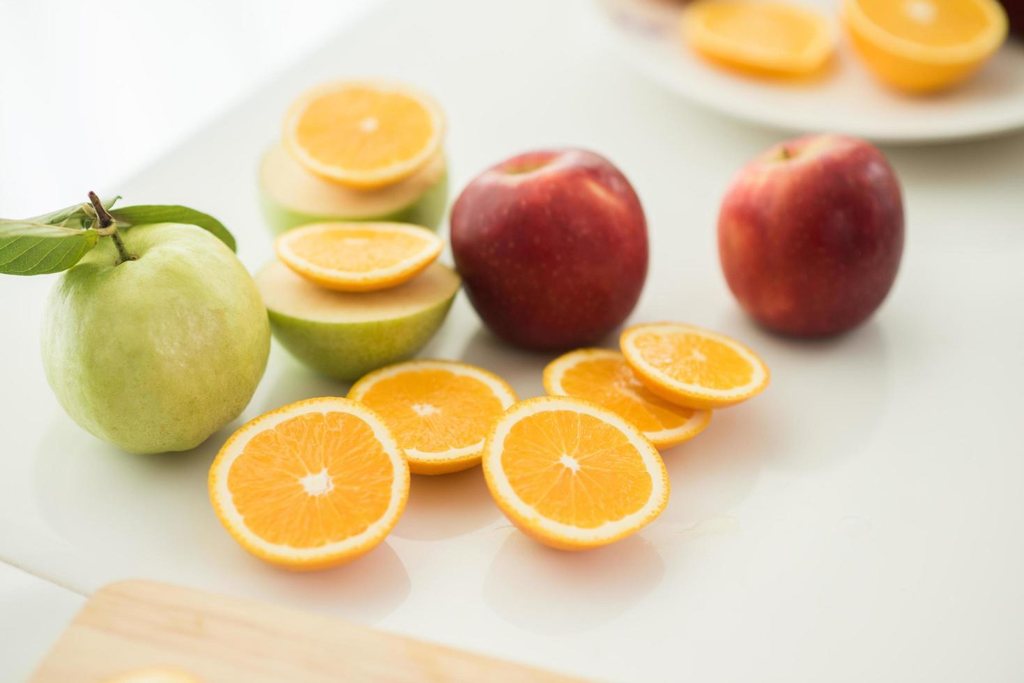 una variedad de fruta fresca foto