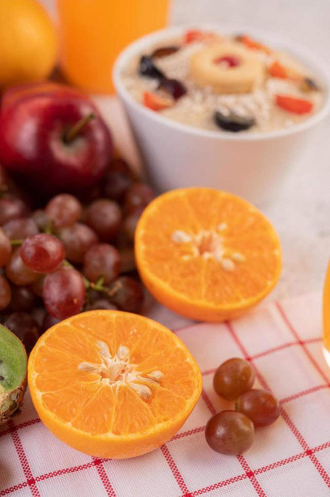 Sliced fruit and juice photo