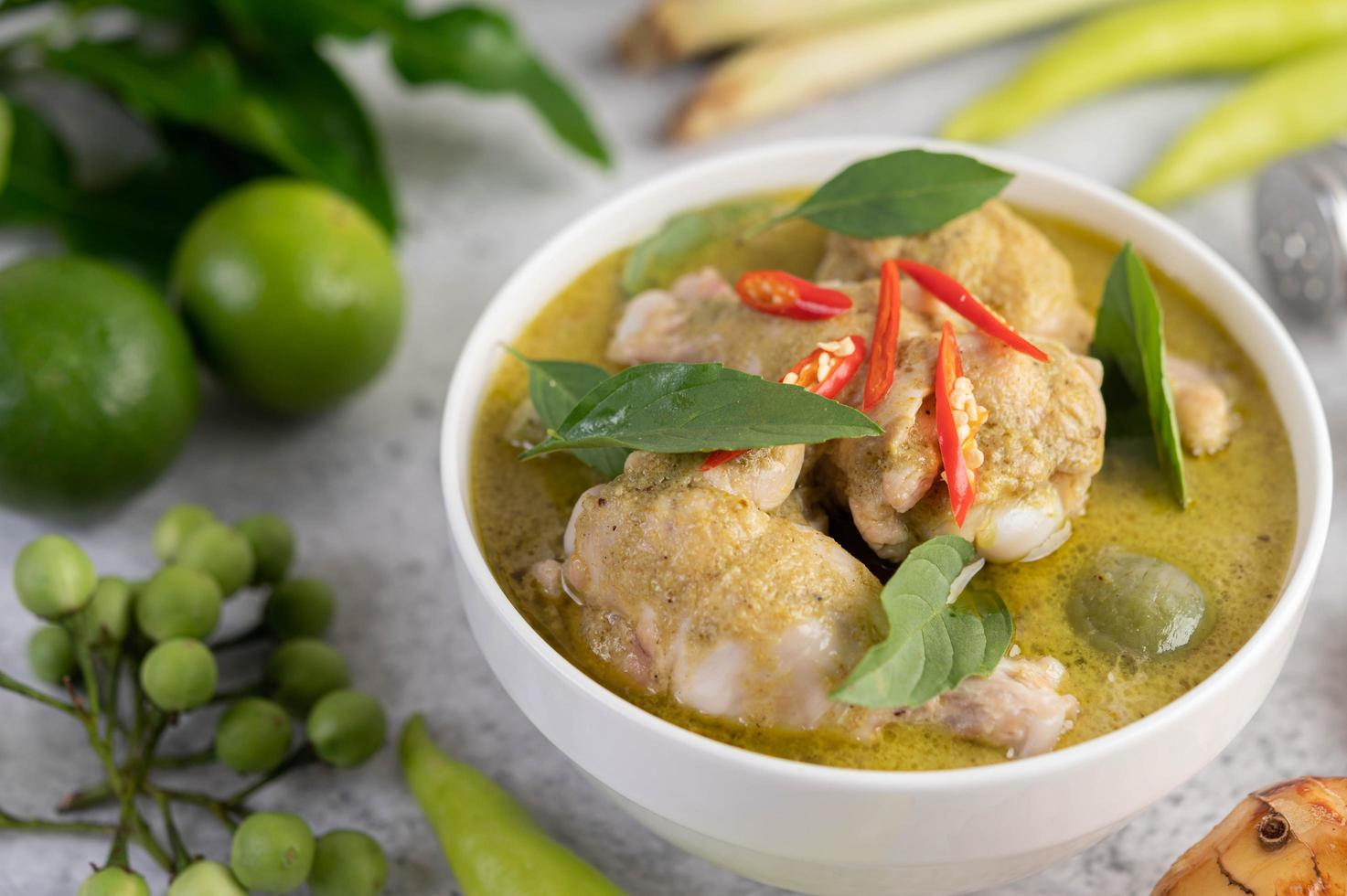 Green curry chicken photo