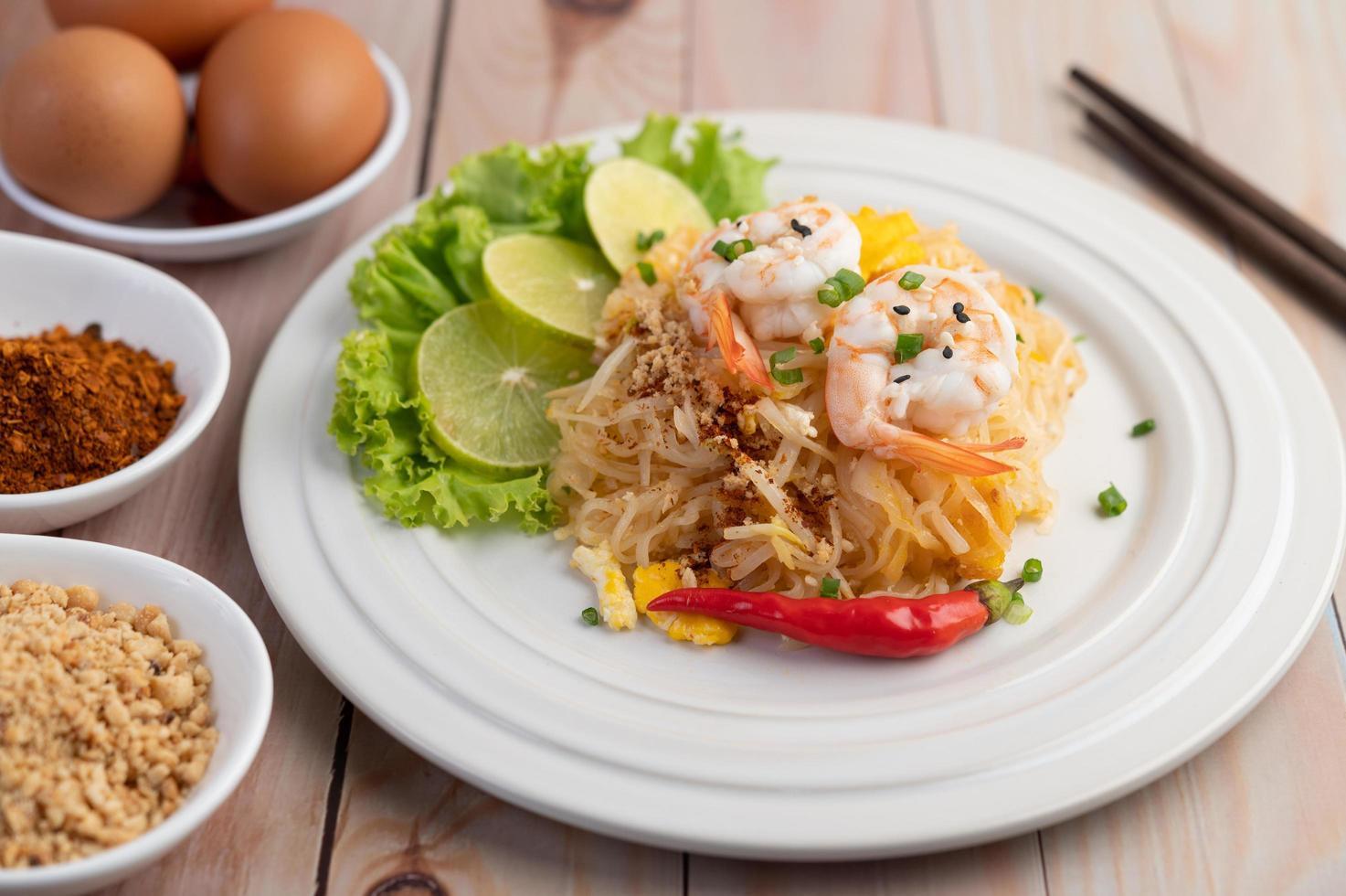 Plate of pad Thai shrimp photo