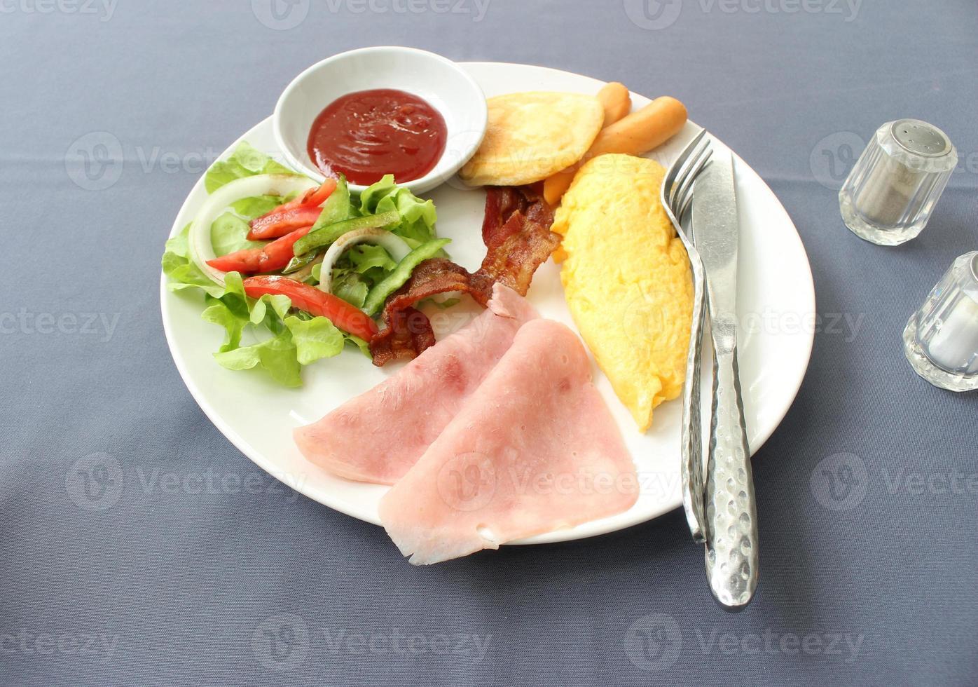 Plate of breakfast photo