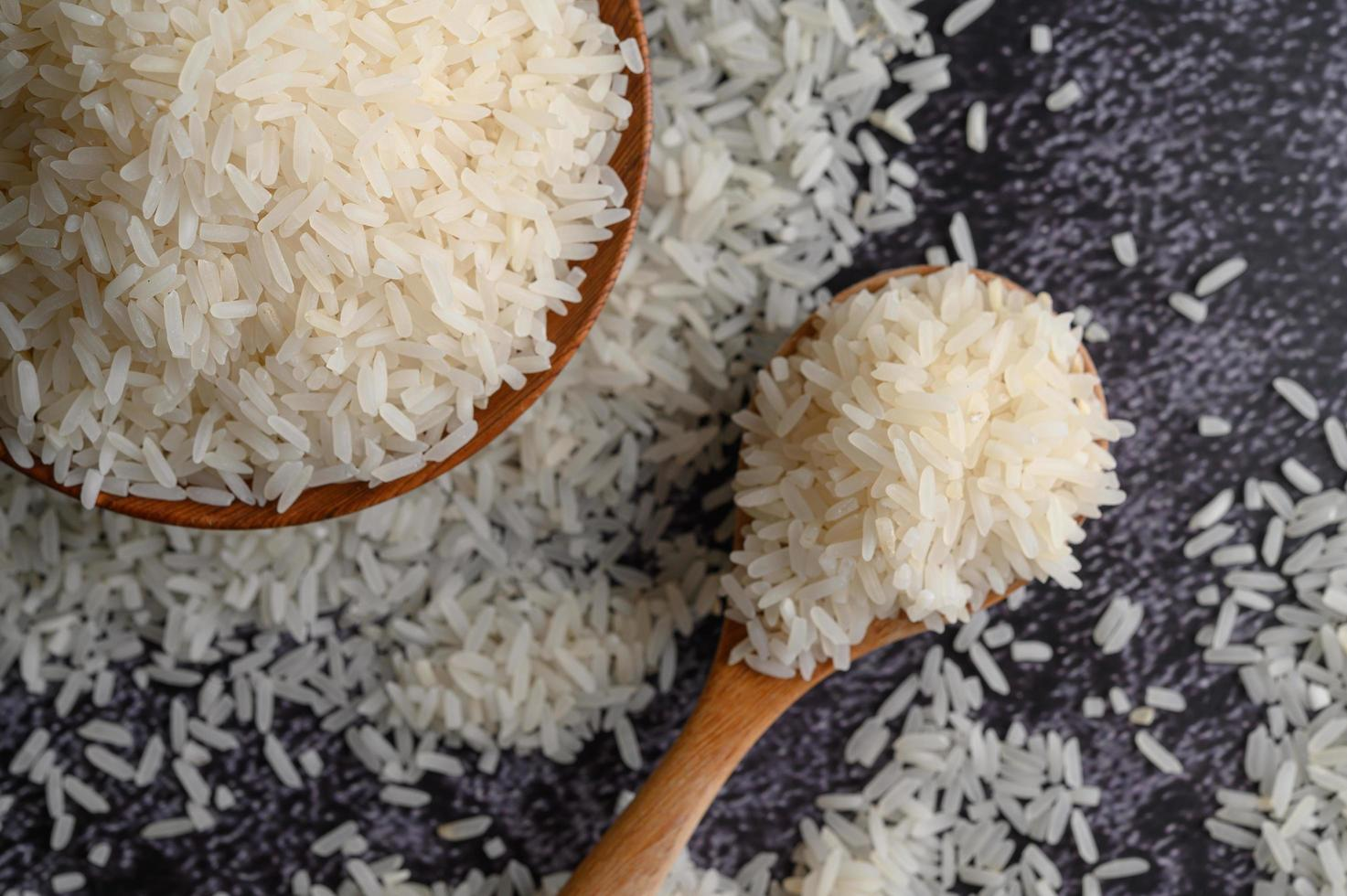 Close-up of milled rice in bowls photo
