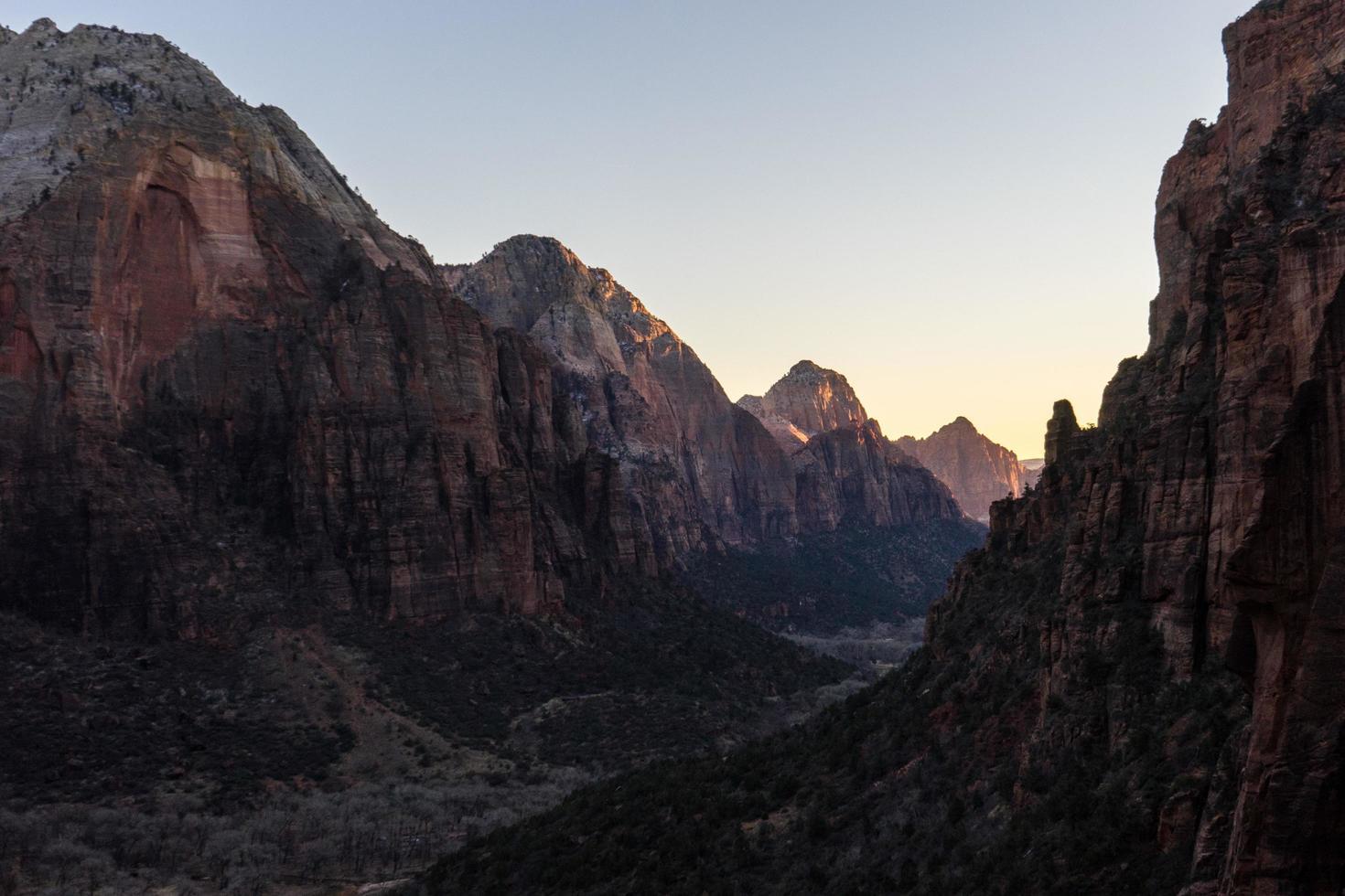 Mountain peak during daytime photo