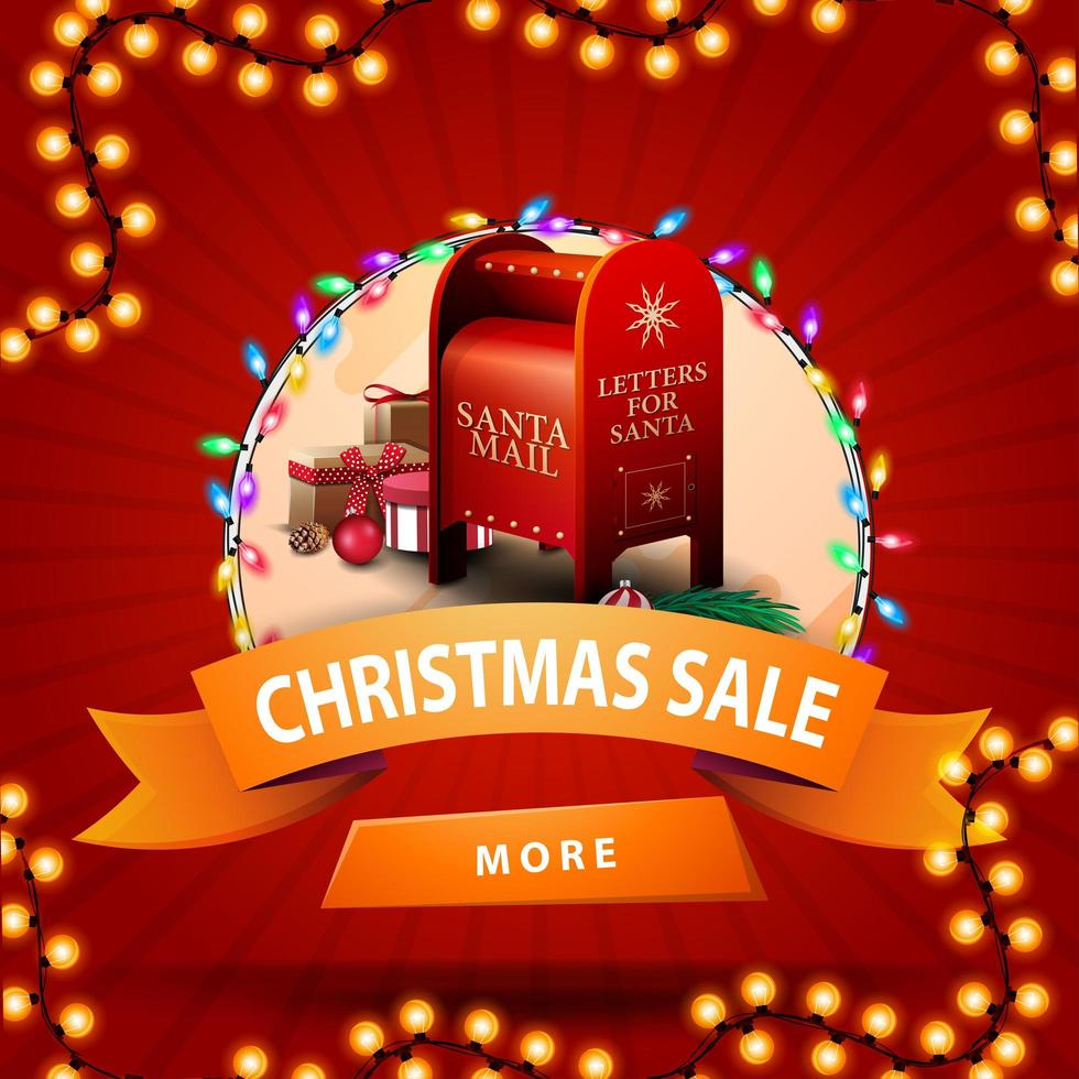 Venta de Navidad, banner de descuento redondo con cinta naranja, botón, guirnalda y buzón de santa con regalos vector