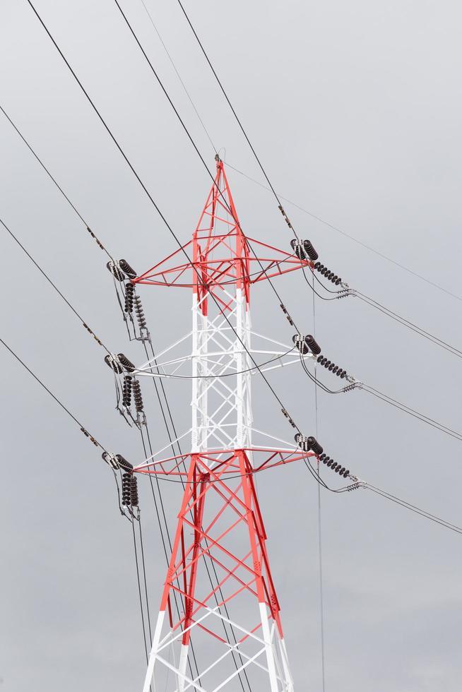 torre de transmisión de alto voltaje foto