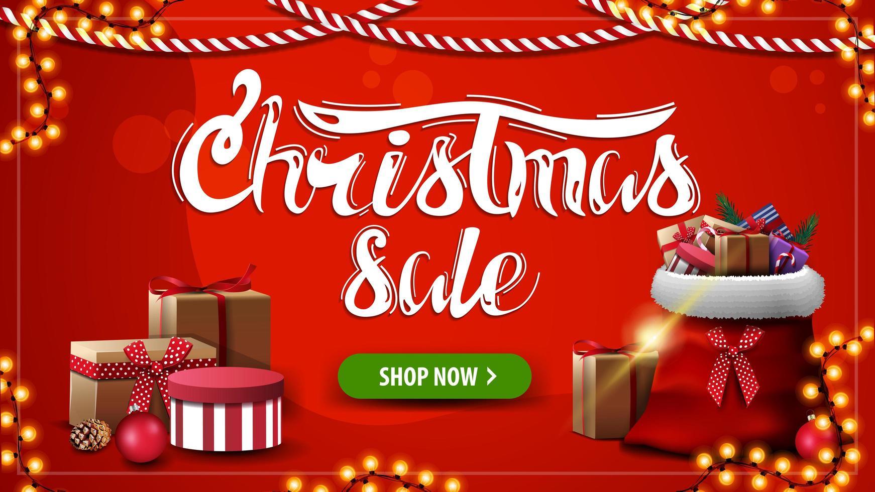 venta de navidad, banner de descuento rojo con bolsa de santa claus con regalos, botón y guirnaldas vector