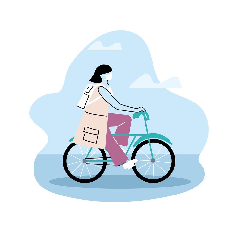 mujer con mochila en bicicleta vector
