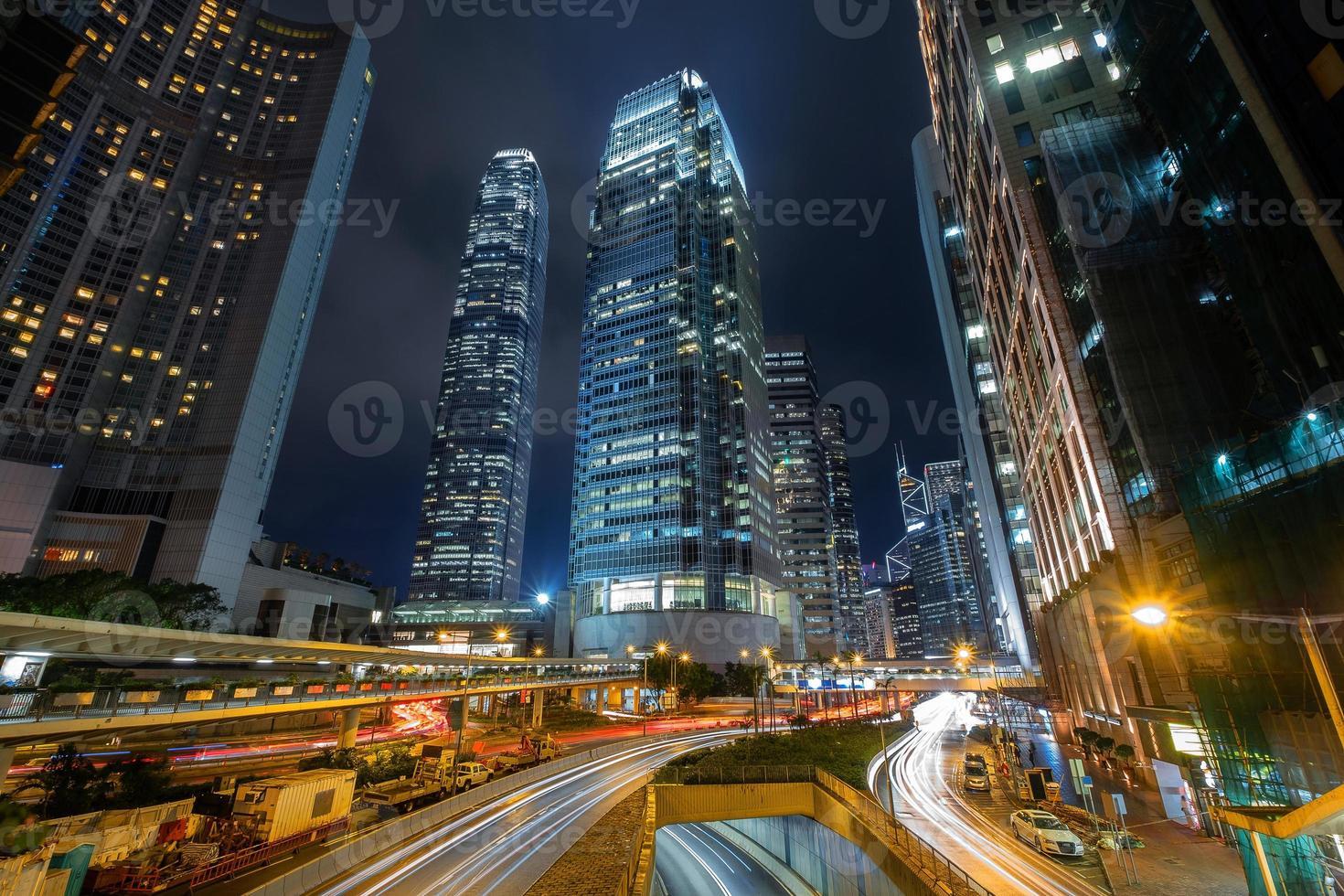 horizonte de hong kong en el distrito central de negocios foto