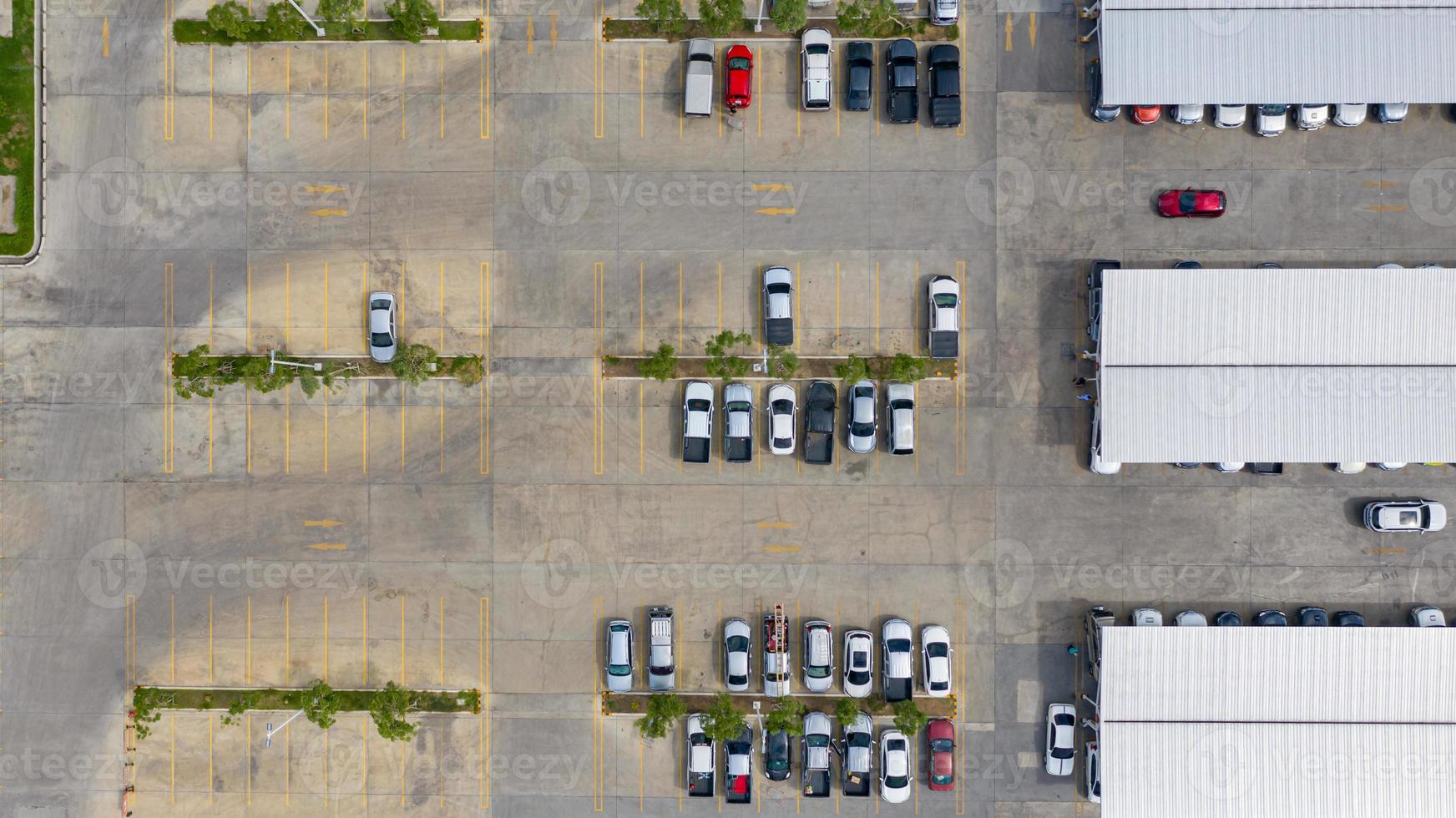 Aerial view of an outdoor parking lot photo