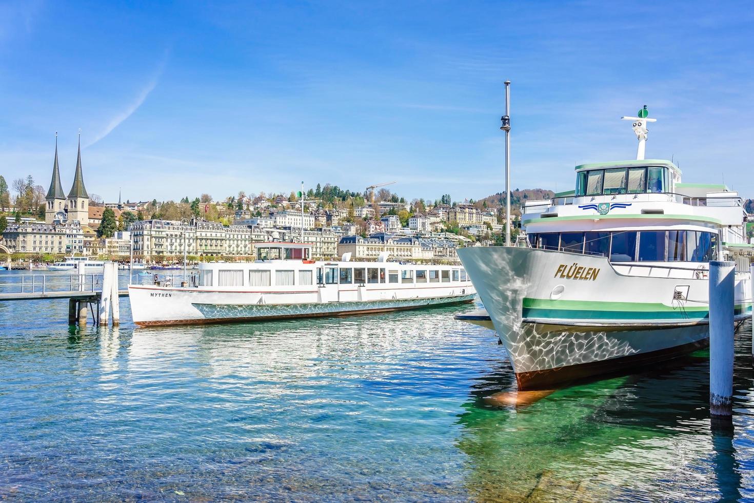 barcos en luzern, suiza, 2018 foto