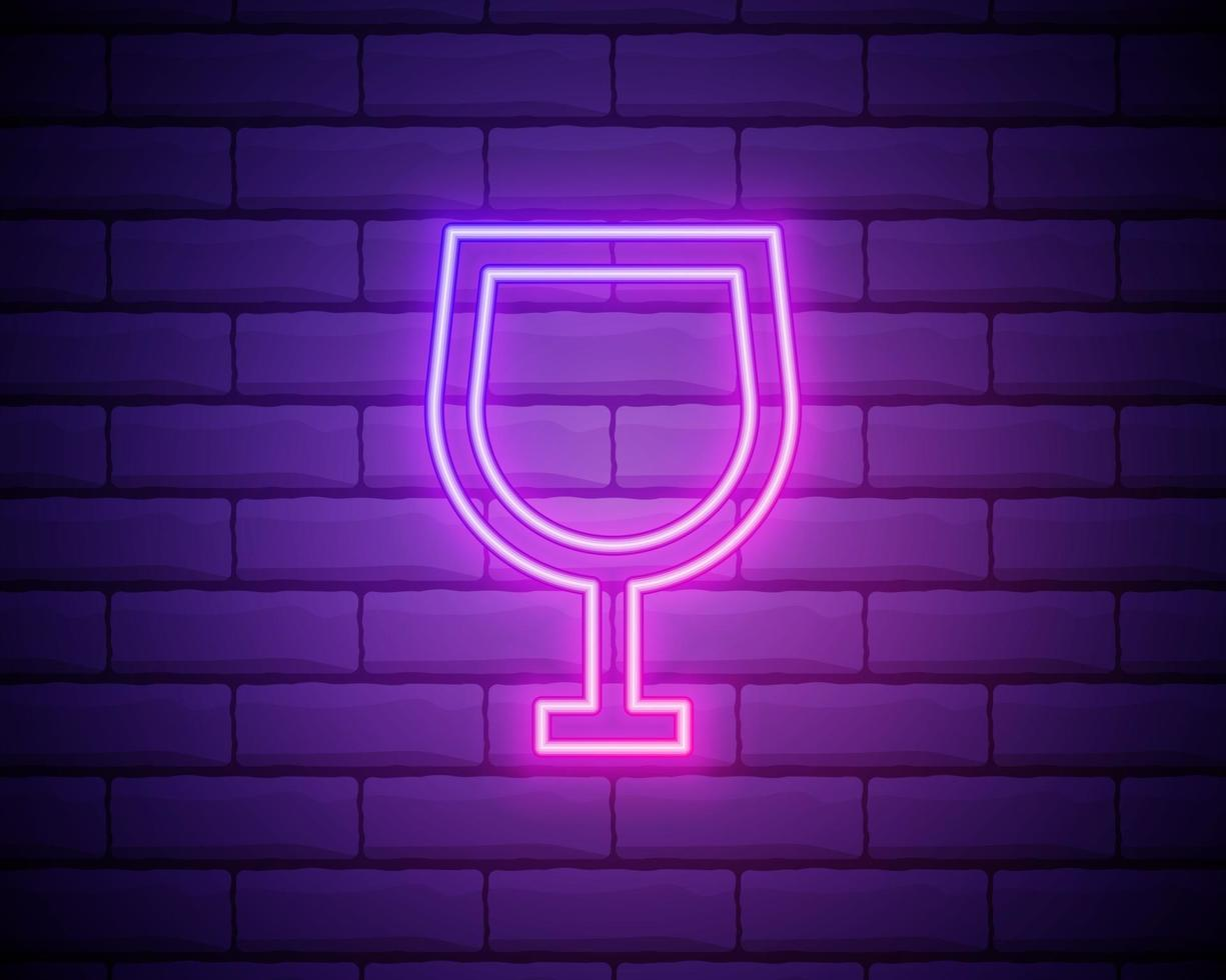 Copa de vino de neón de color brillante de ilustración vectorial. icono de neón de copa de vino aislado sobre fondo de pared de ladrillo. vector