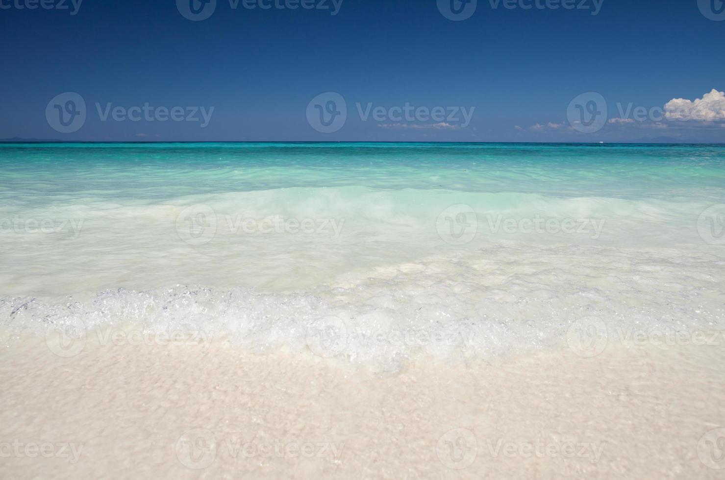 playa tropical blanca foto