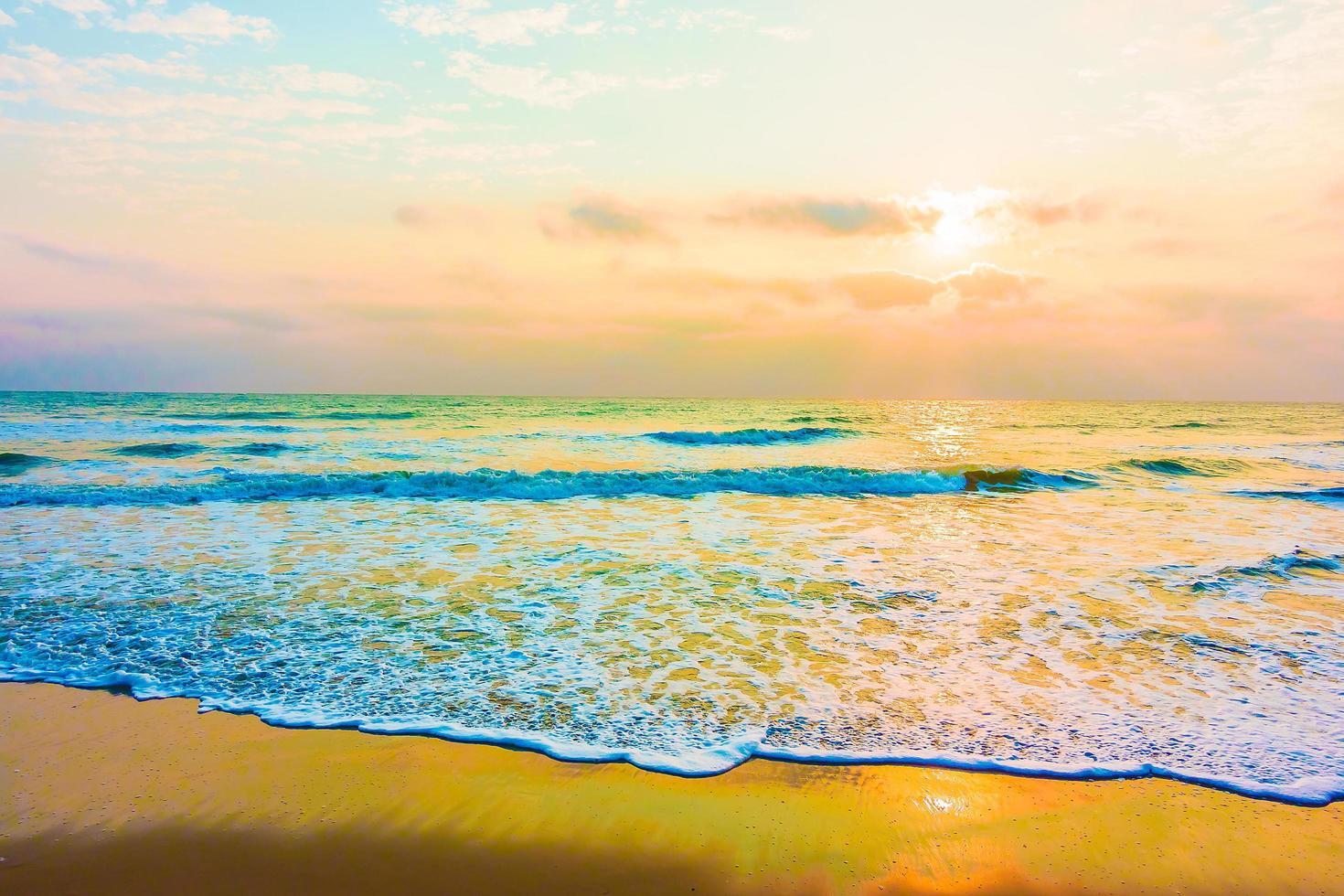 Sea and beach photo