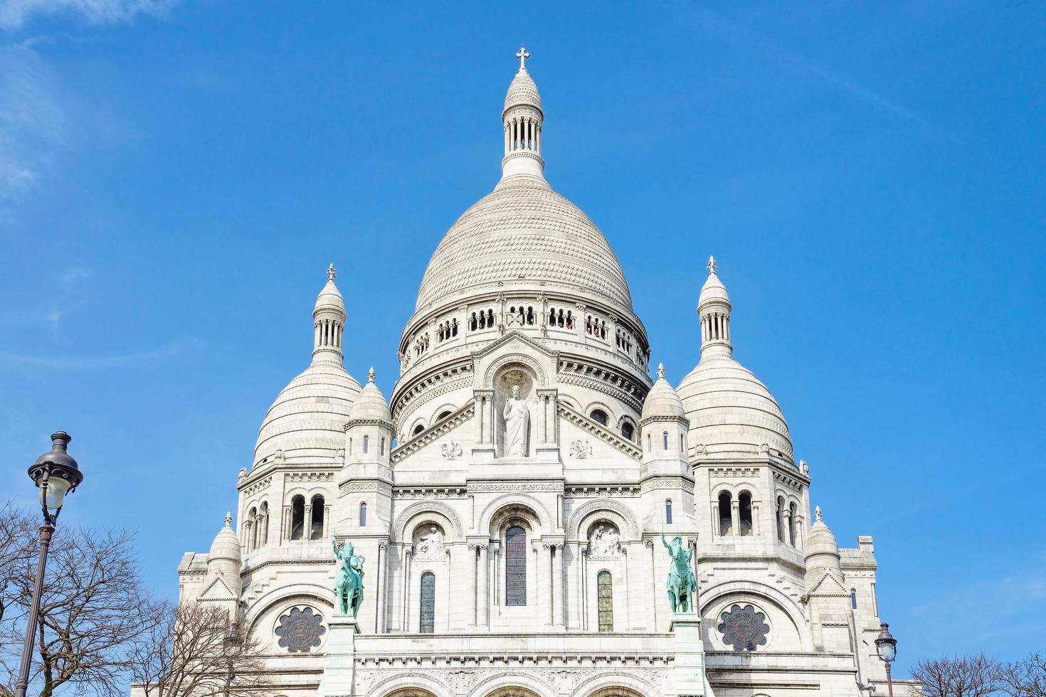 Basílica del Sagrado Corazón de París en París, Francia foto