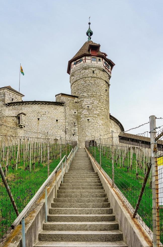 Fortaleza de Munot en Schaffhausen, Suiza foto
