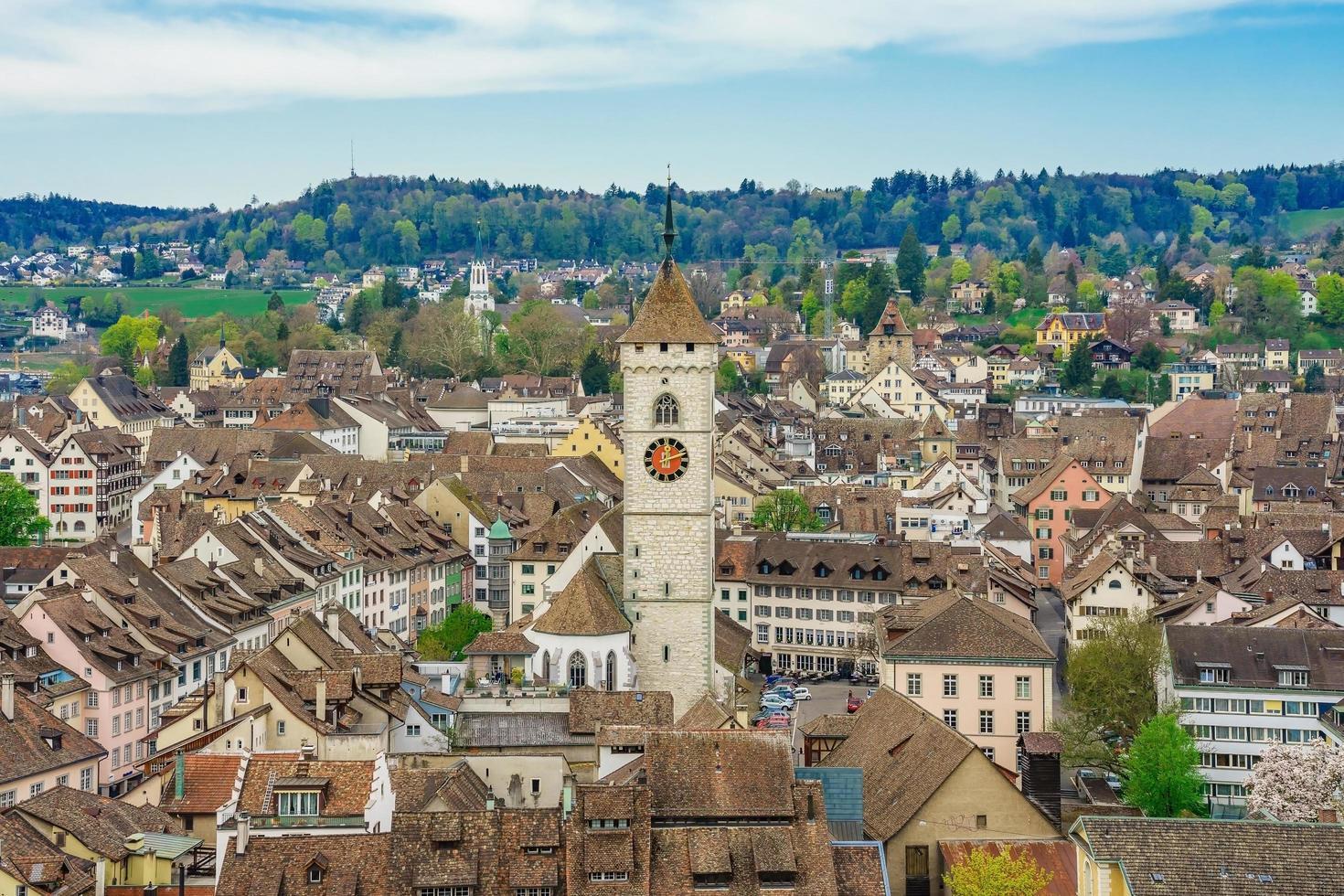 Vista panorámica del casco antiguo de Schaffhausen, Suiza foto