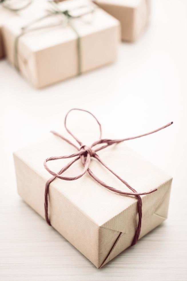cajas de regalo marrones foto