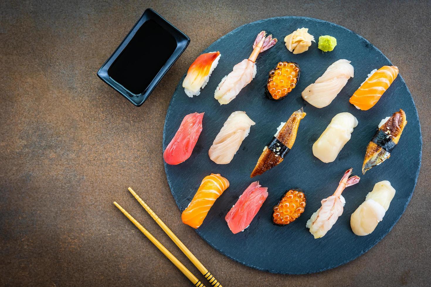 set de sushi nigiri foto