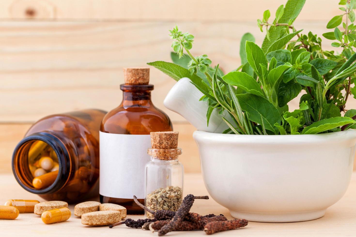 salud alternativa a base de hierbas foto
