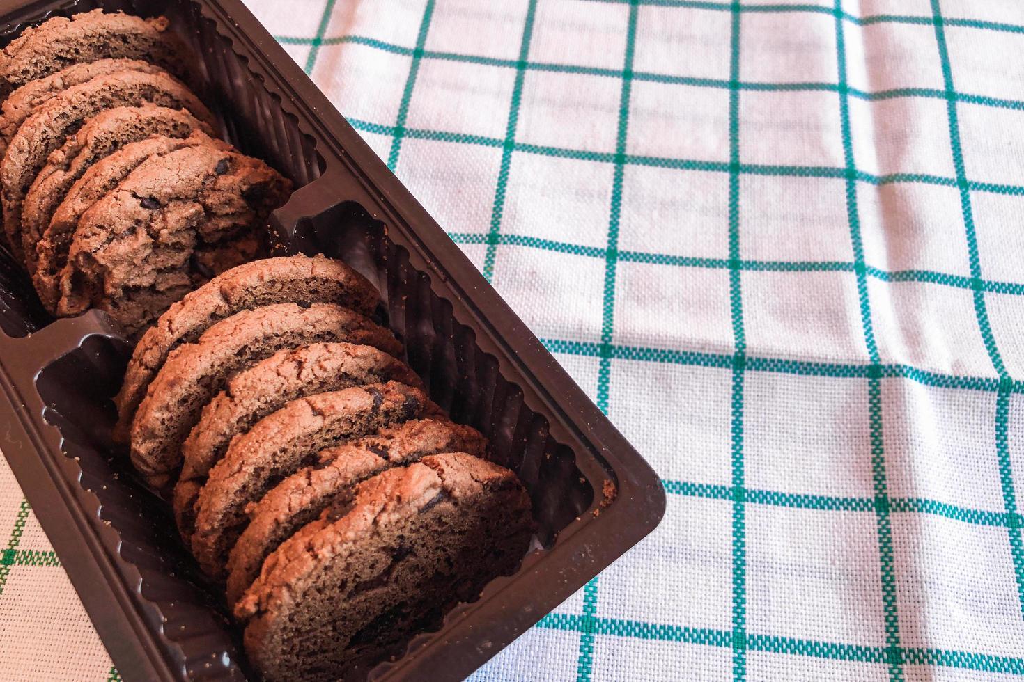 galletas de chocolate sobre fondo de tela foto