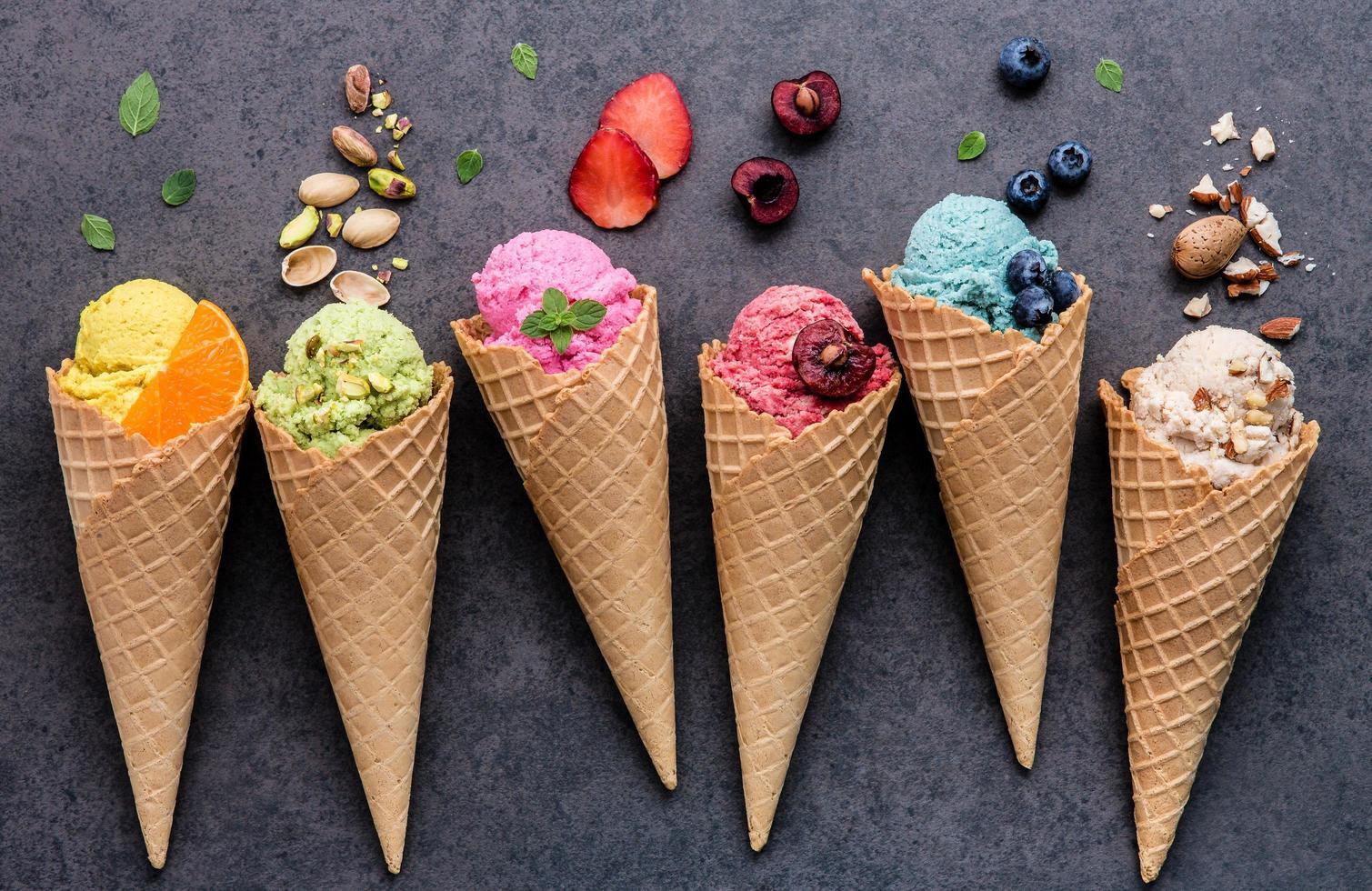 Fresh ice cream photo