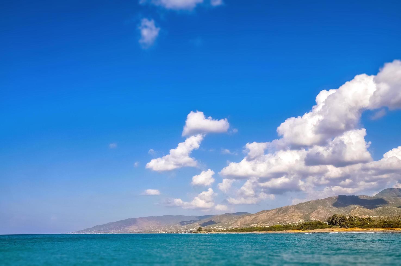 nubes sobre el mar mediterráneo foto