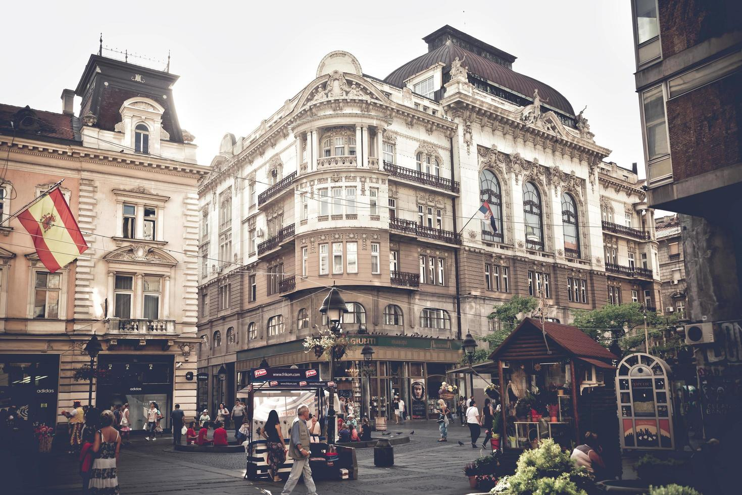 Belgrado, Serbia 2015 - Vista de la calle Knez Mihailova foto