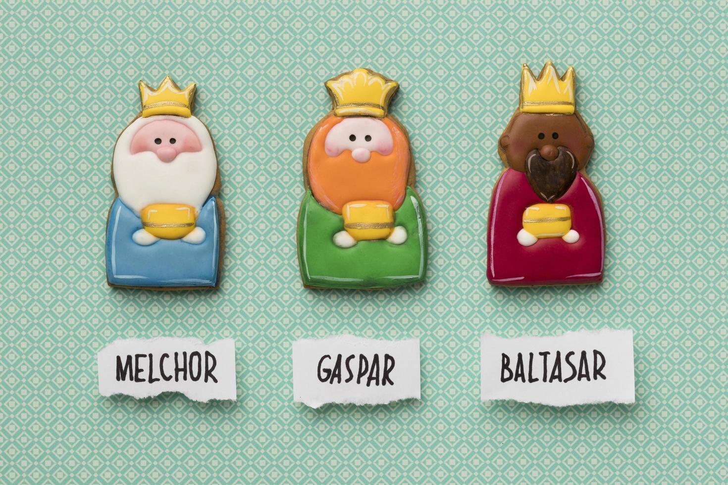 tres reyes con sus nombres foto
