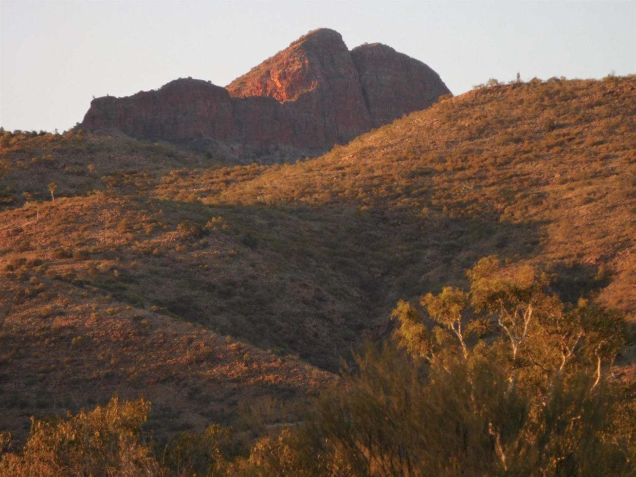 Se dice que la montaña se asemeja a la boca y la nariz de una mujer autóctona. foto