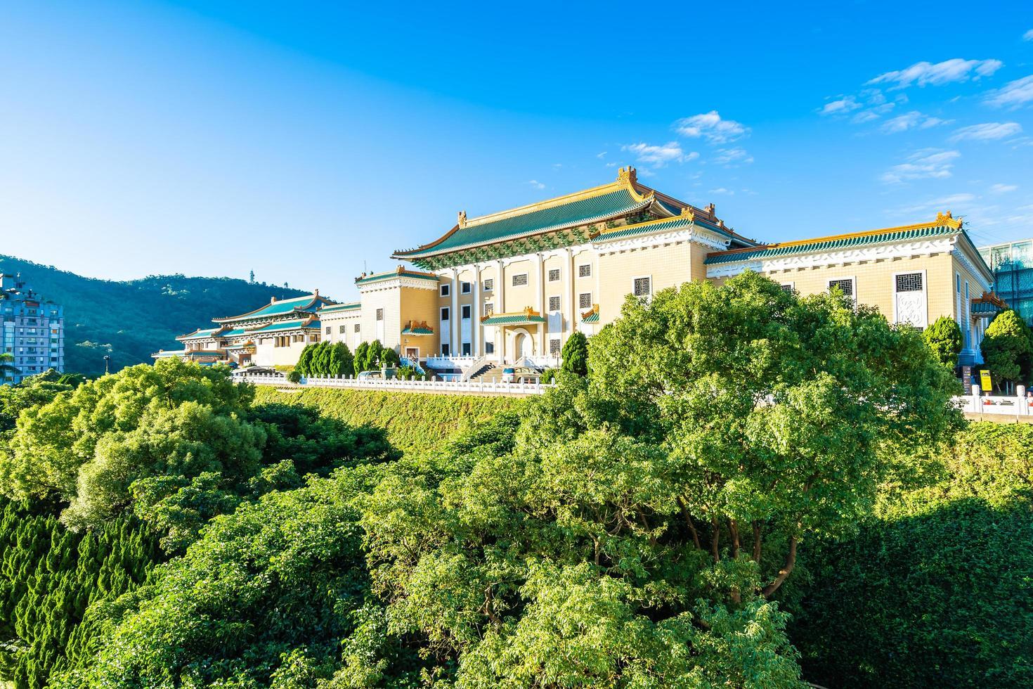 el museo del palacio nacional en la ciudad de taipei, taiwán foto