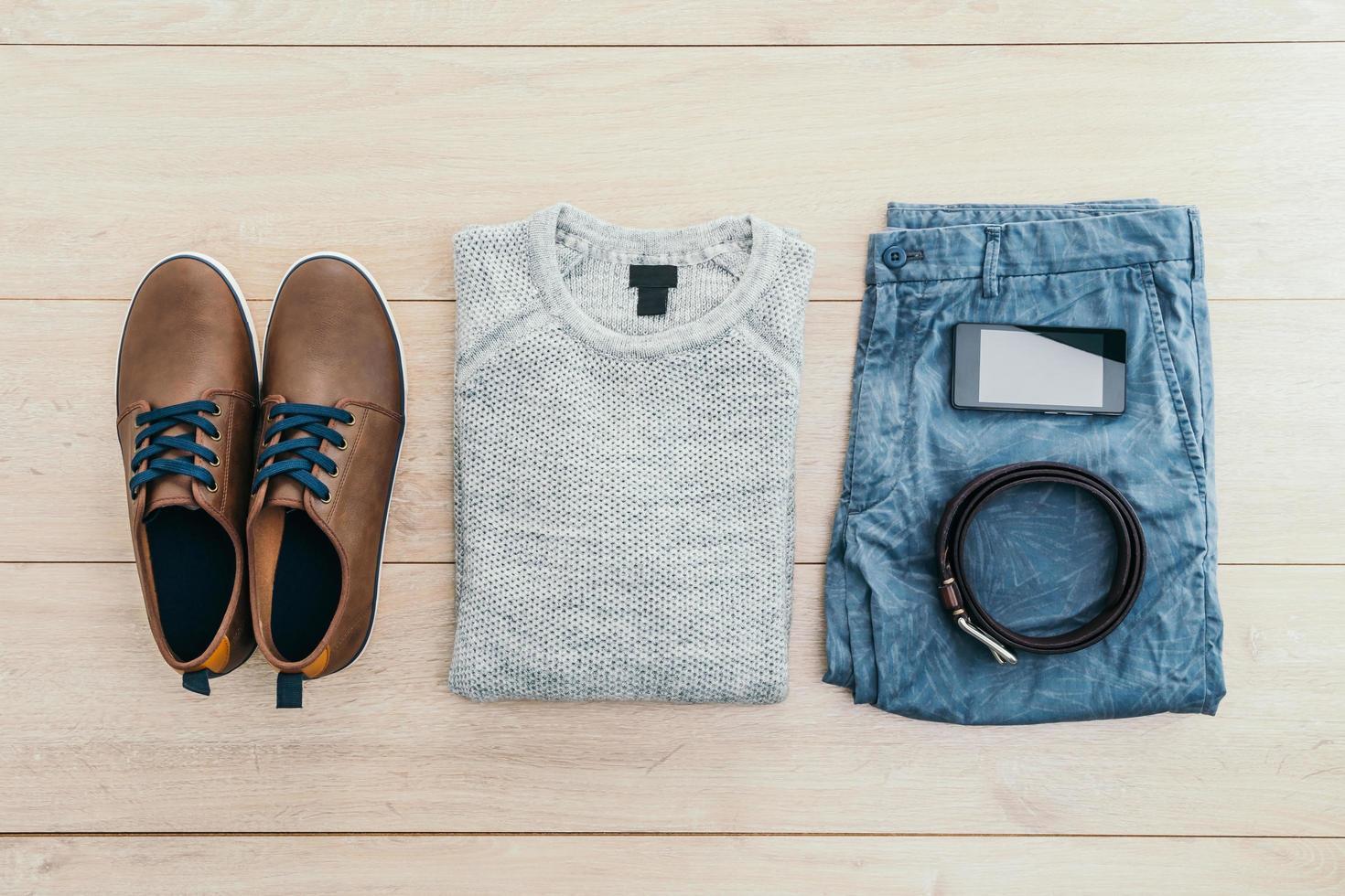 conjunto de moda para hombres foto