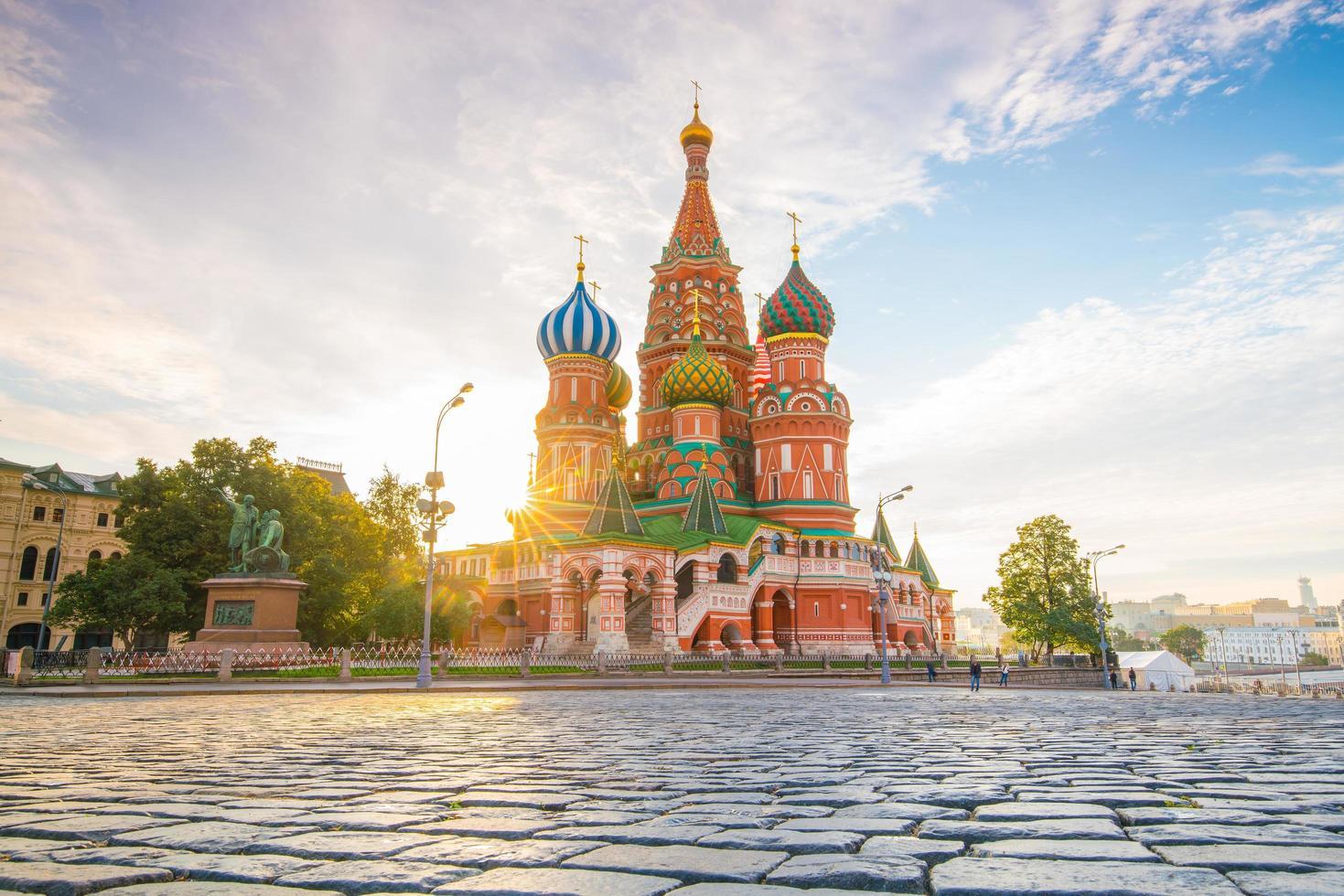 Catedral de Basilio en la Plaza Roja de Moscú foto