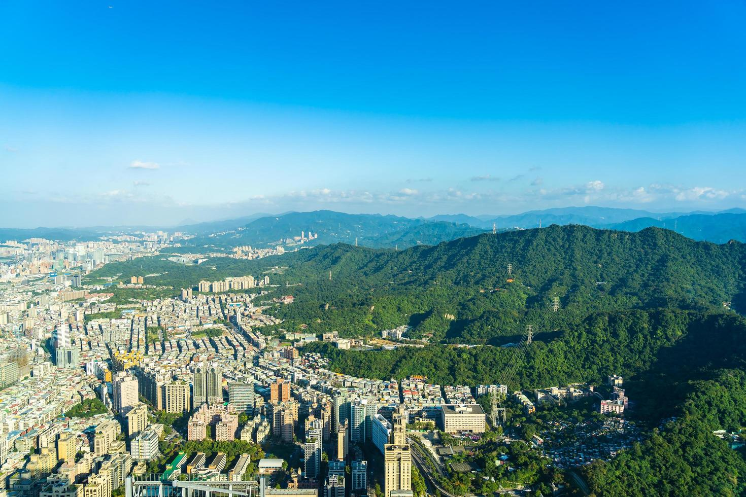 vista de la ciudad de taipei en taiwán foto