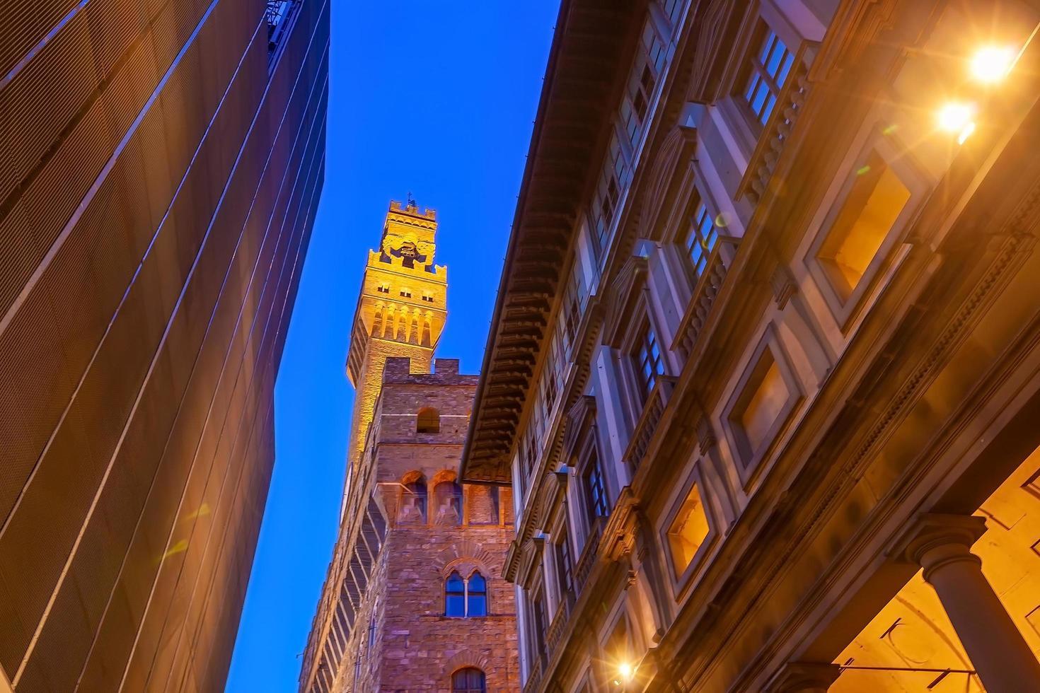 Palazzo vecchio en el centro de la ciudad de Florencia en Toscana Italia foto