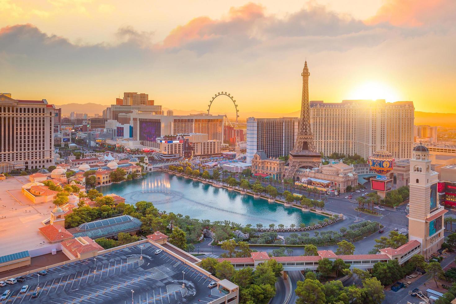 Vista aérea de la franja de Las Vegas en Nevada foto