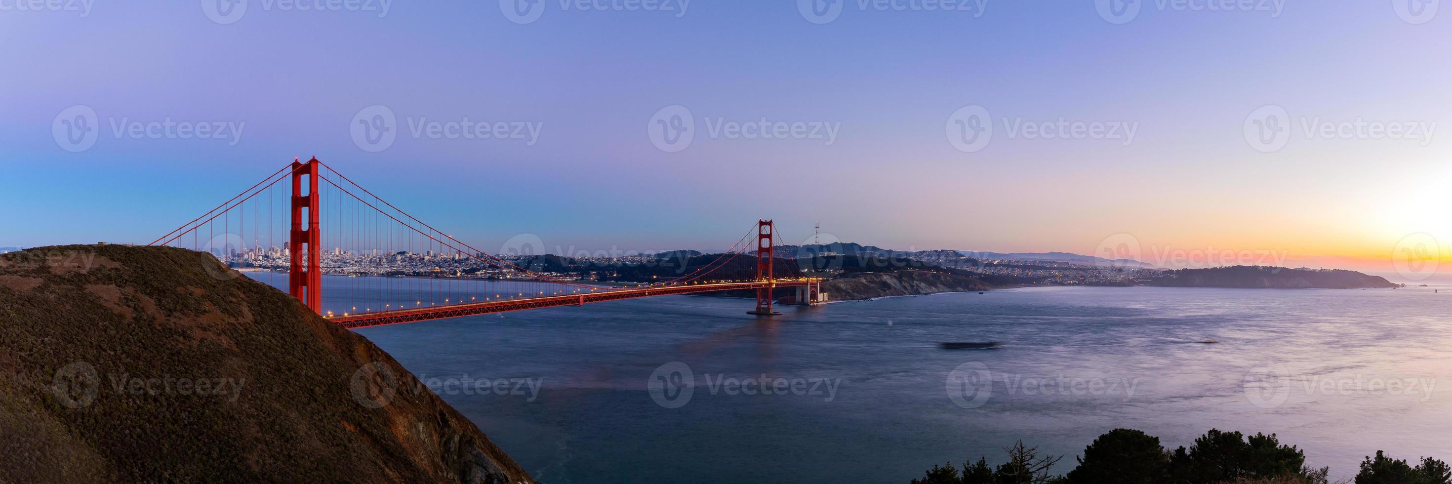 Vista panorámica del puente Golden Gate, San Francisco, EE. foto