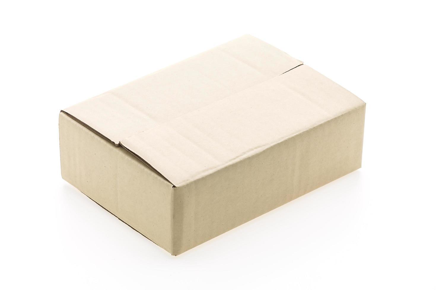 caja de papel aislada foto